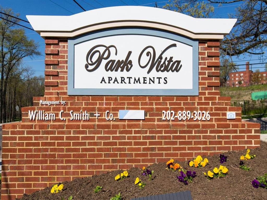 Park-Vista-Apartments-Monument-Sign