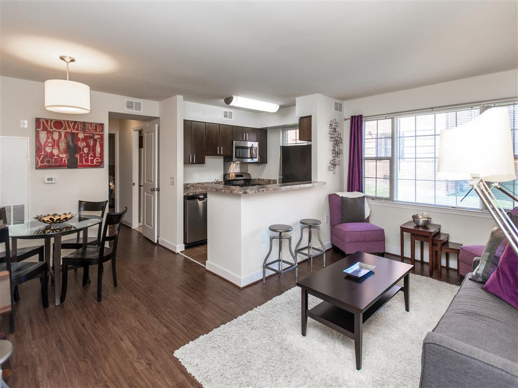 Fairway-Park-Apartments-Dining-Room-and-Living-Room