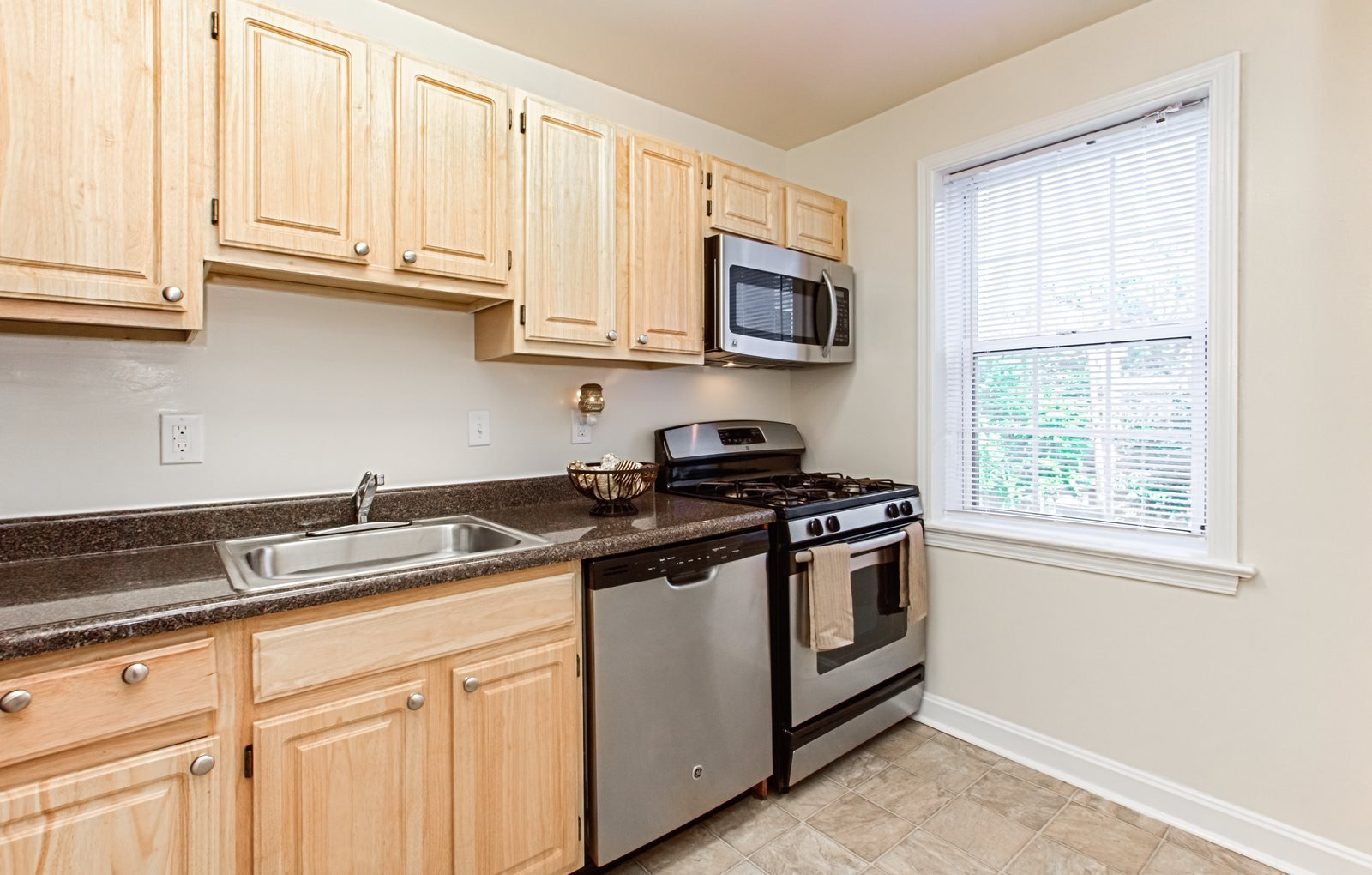 Crescent-Park-Village-Kitchen