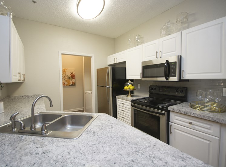 Fully Equipped Kitchen at Thornblade Park, South Carolina, 29650