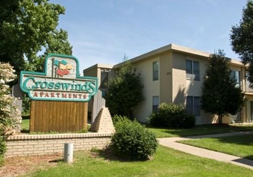 Crosswinds Apartments Community Thumbnail 1