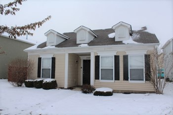 12168 Lindley Dr 3 Beds House for Rent Photo Gallery 1