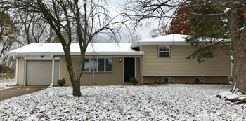 6050 E Southern Ave 3 Beds House for Rent Photo Gallery 1