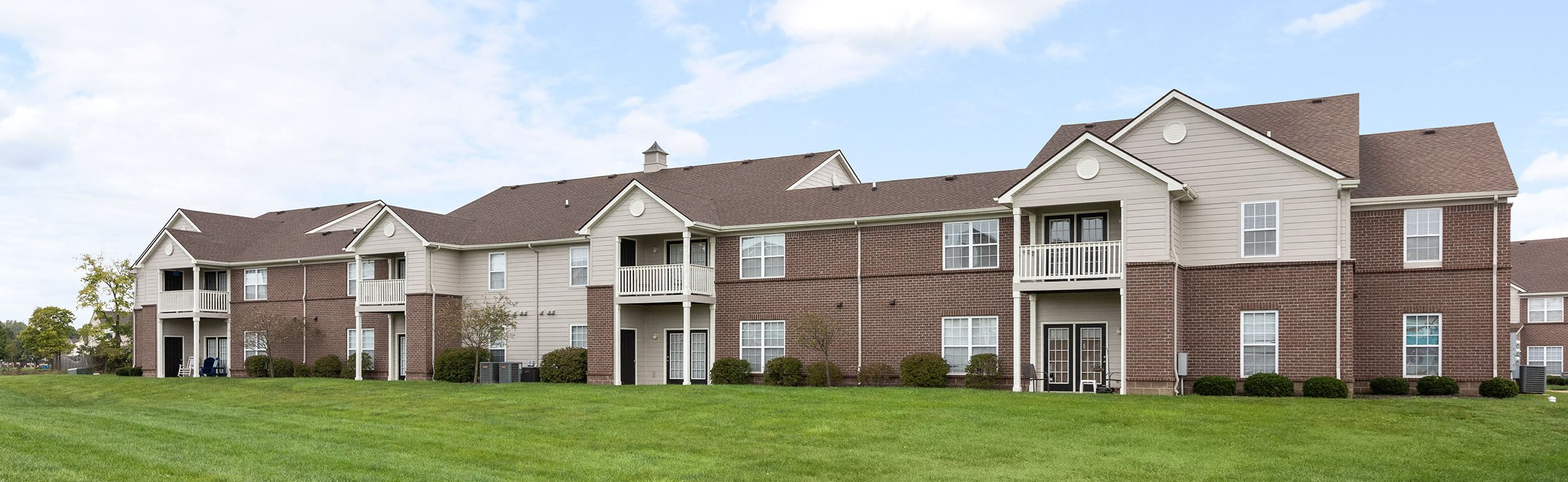 Hartshire Lakes Apartment Homes