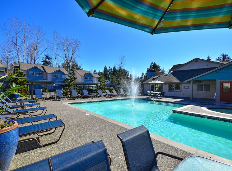Lynnwood Apartments for Rent-Martha Lake Apartments Pool