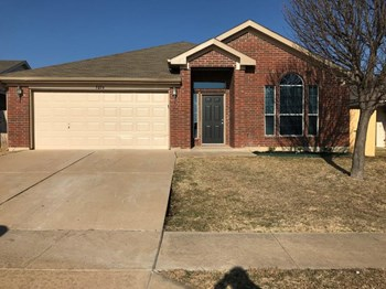 9256 Saint Martin Rd 4 Beds House for Rent Photo Gallery 1