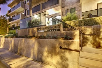 2727 6th Street 1-2 Beds Apartment for Rent Photo Gallery 1