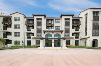 17115 Bollinger Canyon Rd. 1 Bed Apartment for Rent Photo Gallery 1