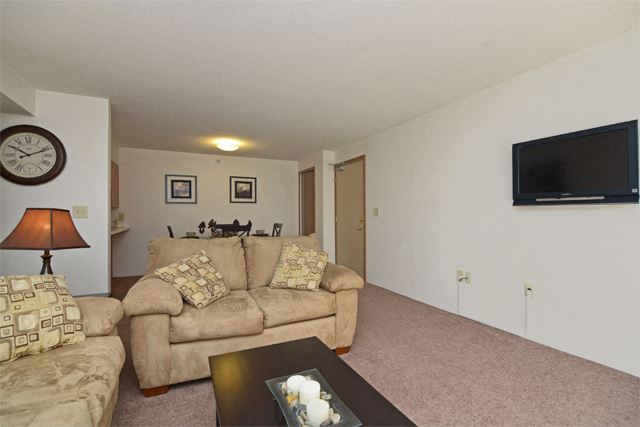 Living Rom at Grissom Estates Apartments in Cicero,  IN  46034