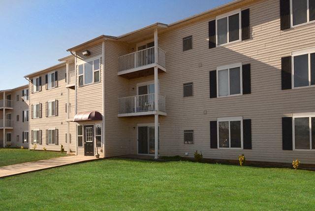 Exterior Wheeler Estates Apartments 134 McEntire Lane, Decatur, AL 35603   Exterior 3