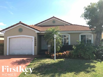 15856 SW 85 Street 3 Beds House for Rent Photo Gallery 1