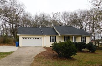 99 Bishop Woods Court 3 Beds House for Rent Photo Gallery 1