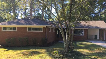 3393 Woods Drive 3 Beds House for Rent Photo Gallery 1