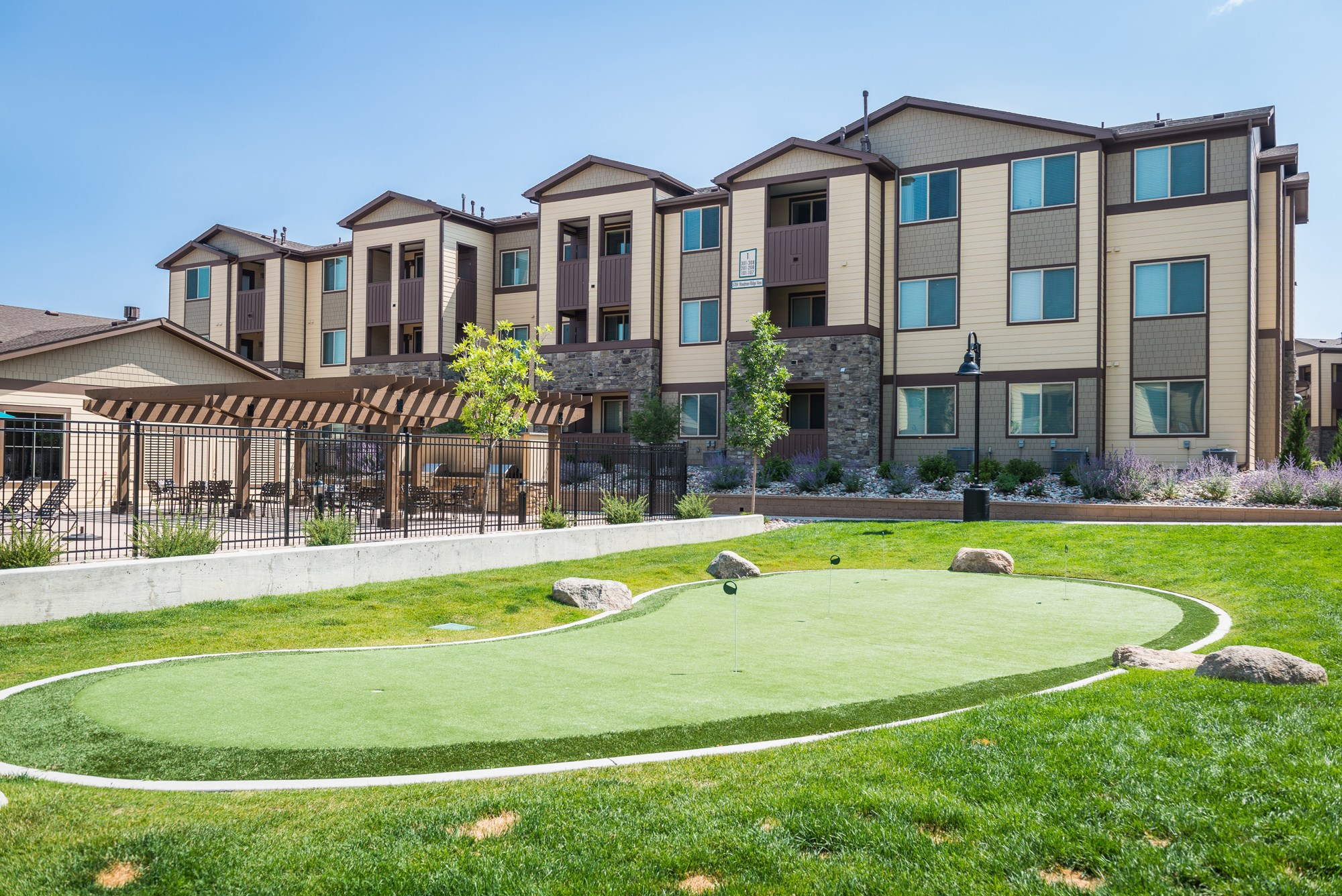 Putting Green at Estate at Woodmen Ridge Apartments in Colorado Springs, CO