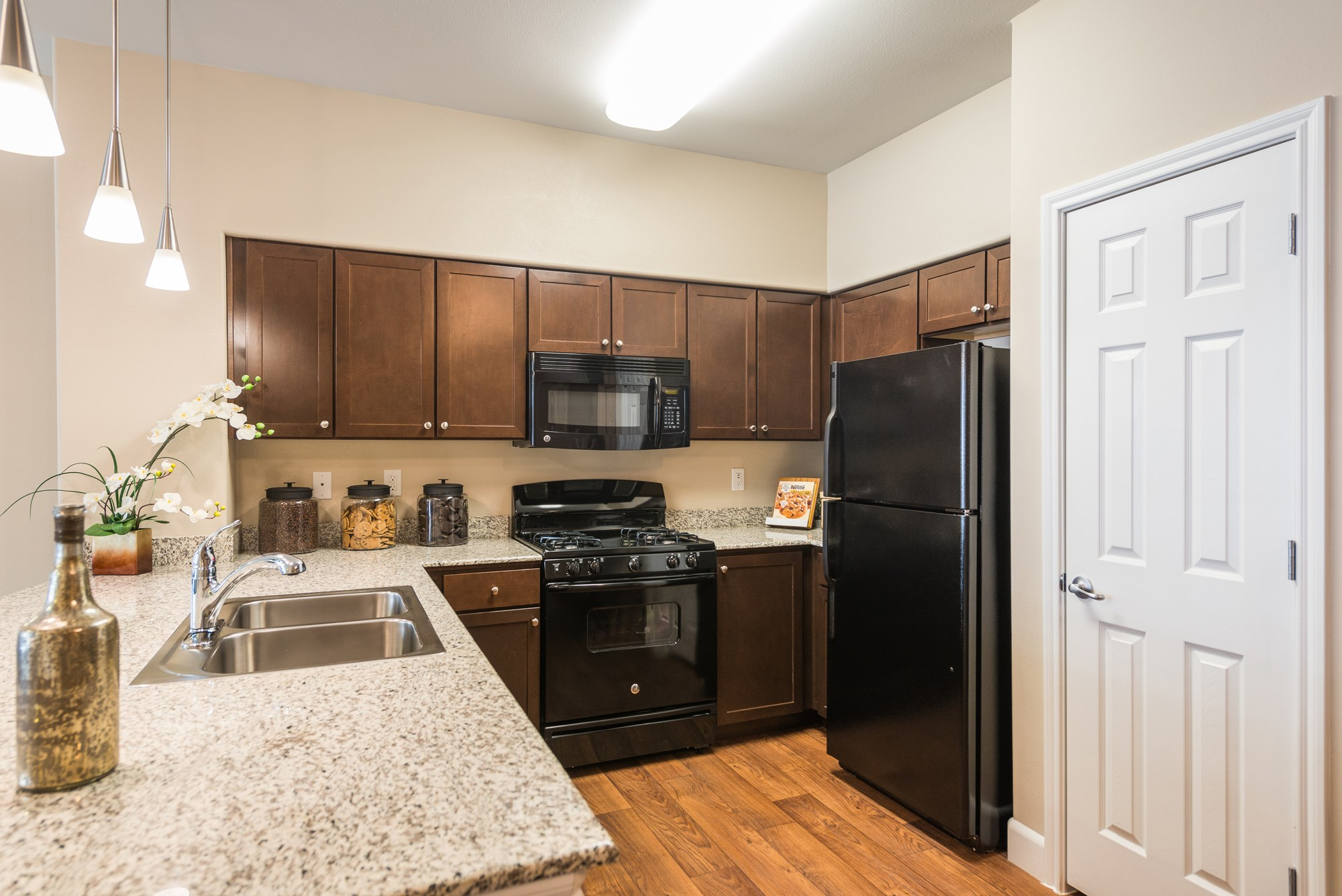 Gourmet Kitchen at Estate at Woodmen Ridge Apartments in Colorado Springs, CO