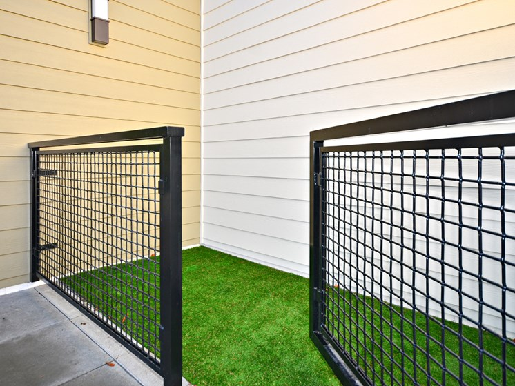Rooftop Pet Relief Area at Emerald Crest, Bothell, 98011