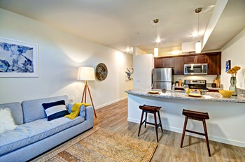 9611 NE 191st Street 1 Bed Apartment for Rent Photo Gallery 1