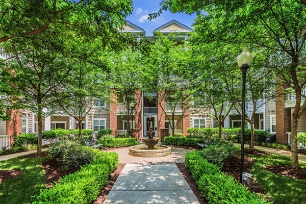 Courtyard at Rose Heights  Apartments, Raleigh, NC