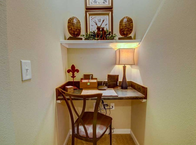 Built in desk space at Rose Heights Apartments, North Carolina, 27613