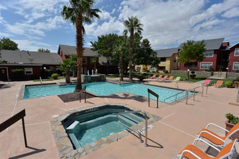 Stunning pool at Ryan's Crossing, 535 S. Mesa Hills Dr. El Paso, TX 79912