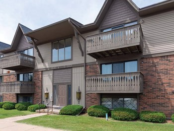 2168 Fox Hill Drive 2 Beds Apartment for Rent Photo Gallery 1