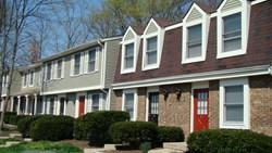 Glen Hollow Apartments 150 Brentwood Circle Alexandria
