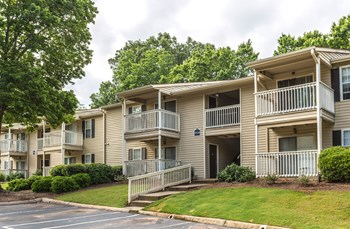 99 Creekside Circle 1-2 Beds Apartment for Rent Photo Gallery 1