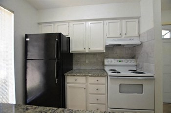 10075 Westpark Dr #34 1 Bed Apartment for Rent Photo Gallery 1
