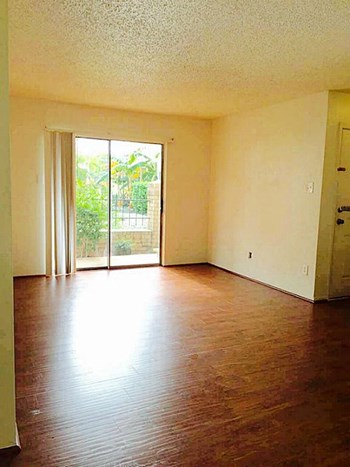 2750 Holly Hall St #1211 2 Beds Apartment for Rent Photo Gallery 1