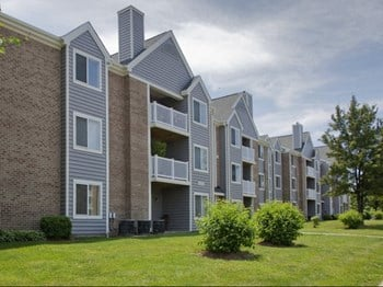 1400 Eisenhower Circle 2-4 Beds Apartment for Rent Photo Gallery 1