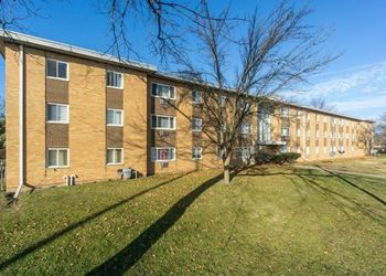 2331 West Martin Luther King Junior Dr 1-3 Beds Apartment for Rent Photo Gallery 1