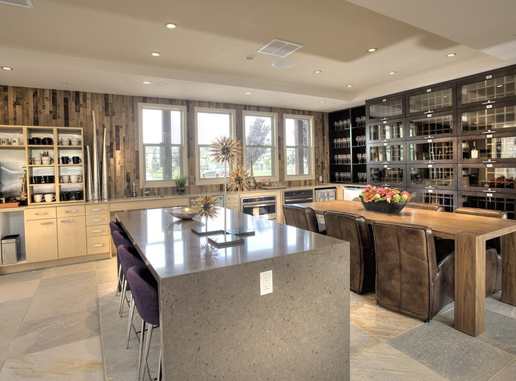 Wine Bar & Storage
