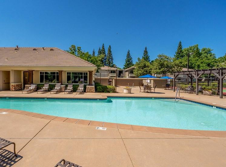 Preserve at Blue Ravine - Resort-style swimming pool