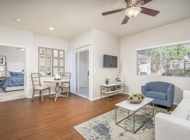Sonterra Apartments at Paradise Valley - Open floor plan