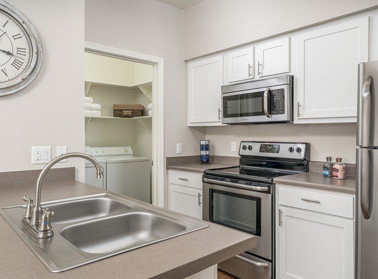 Sonterra Apartments at Paradise Valley - Ask about our upgraded units with stainless steel appliances