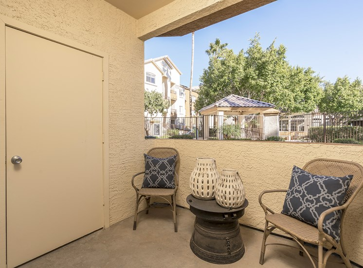 Sonterra Apartments at Paradise Valley - Private balcony views