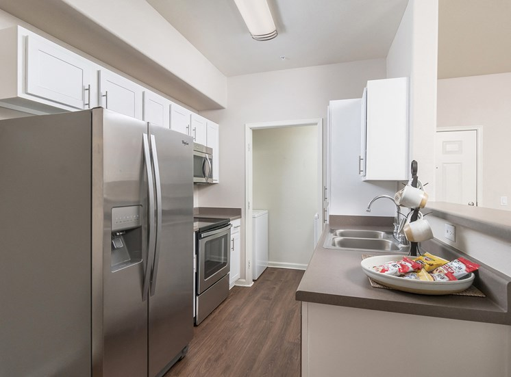 Arrowhead Landing Apartments upgraded units available with stainless steel appliances