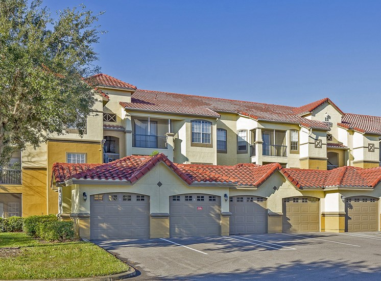 Andover at Cross Creek Apartments private garages