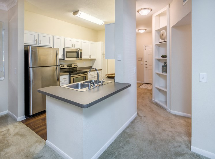 Wildwood Forest - Well-appointed kitchen with stainless steel appliances