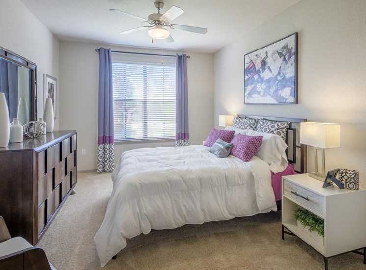 Bonterra Parc - Bedrooms with ceiling fans and natural light
