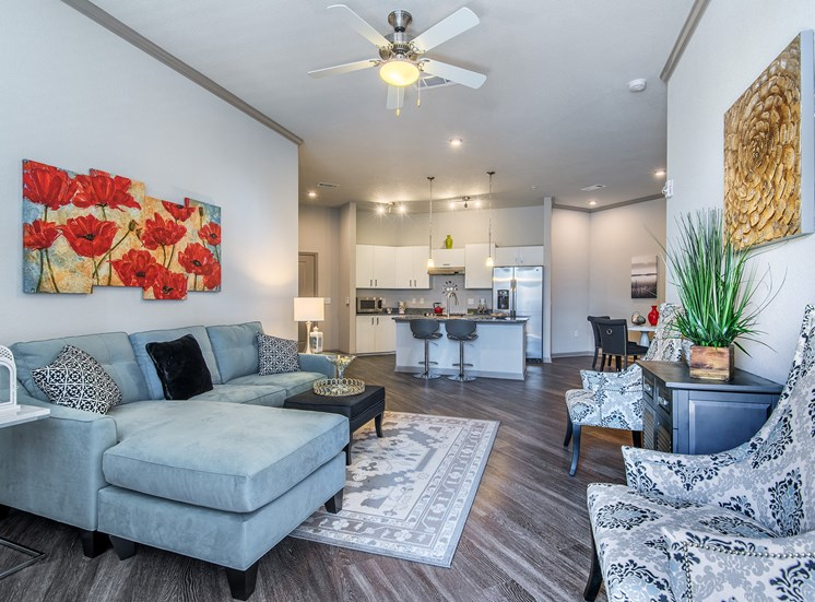 Centre Pointe Apartments - staged living room