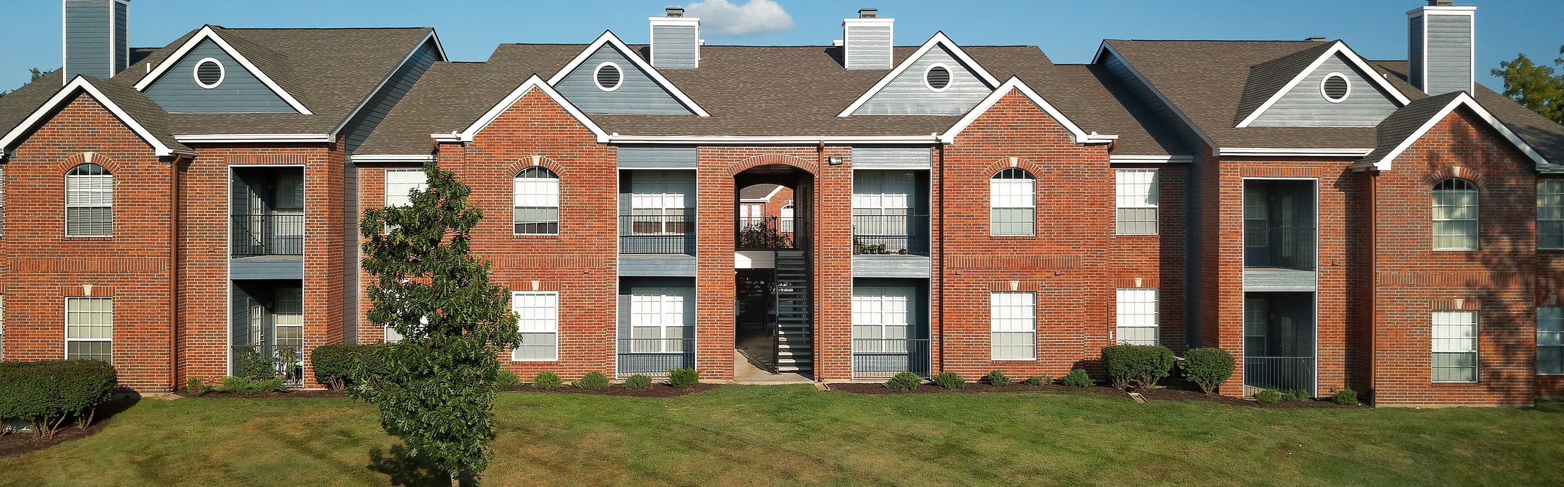 Weston Point Apartments - Banner of exterior