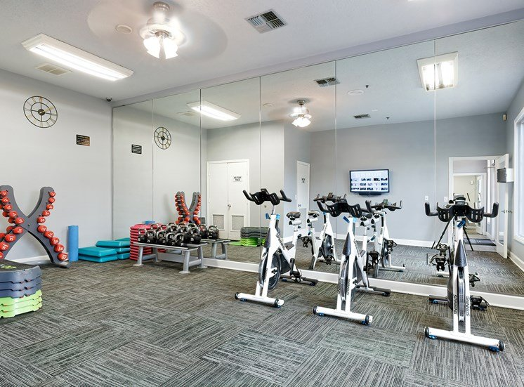 Weston Point Apartments - 24-hour fitness center