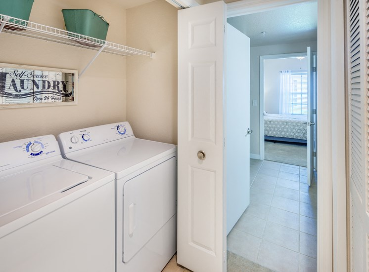 Asprey apartment full-size washer and dryer
