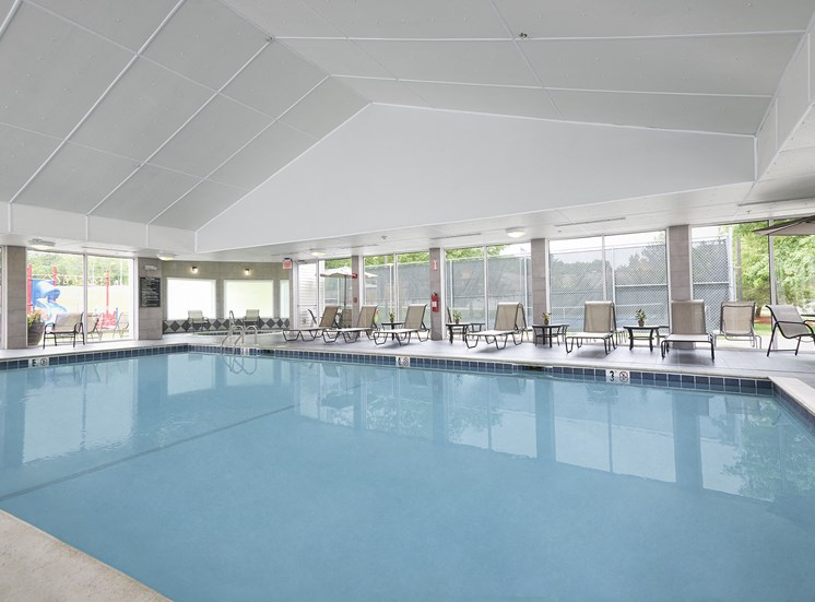 Hampshire Green Apartments - Full-sized indoor pool