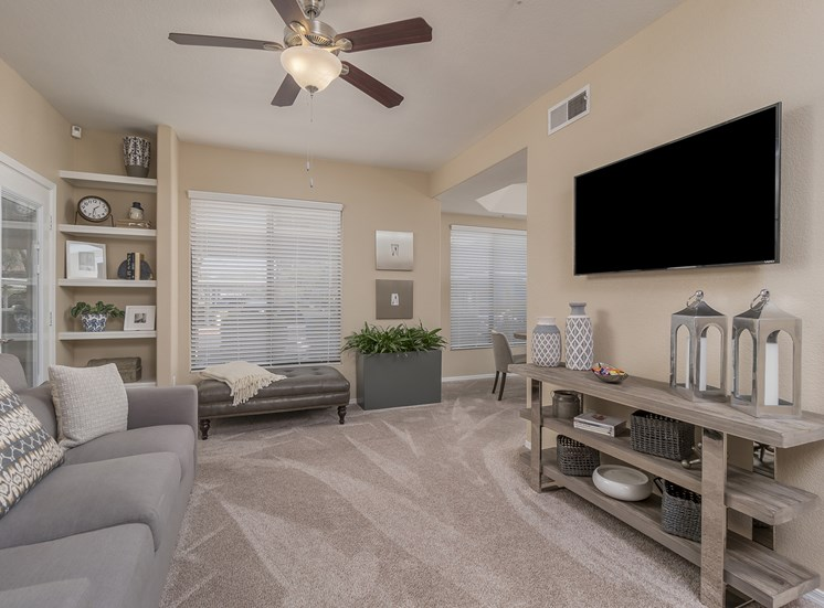 The Paragon at Kierland Apartments spacious living rooms