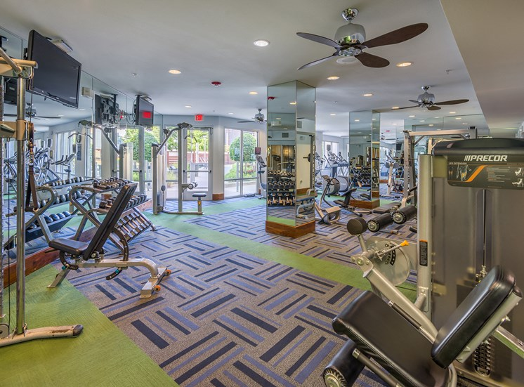 AVANT on Market Center - Fully-equipped athletic center