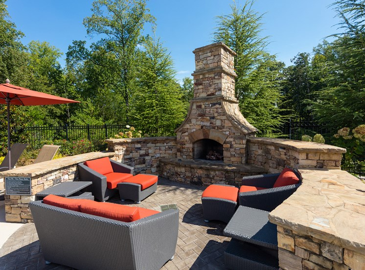 The Oaks at Johns Creek - Resident social area