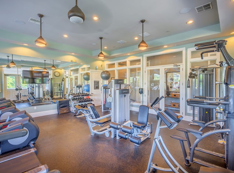 Windward Long Point Apartment state-of-the-art fitness club