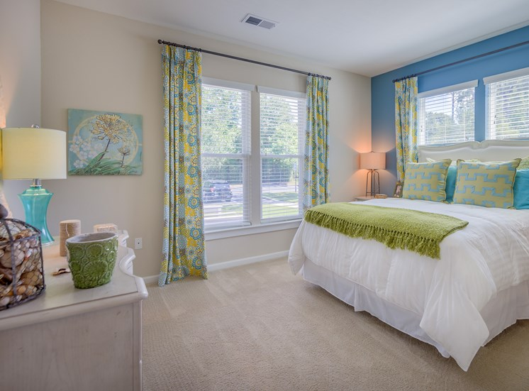 Windward Long Point Apartments spacious bedrooms